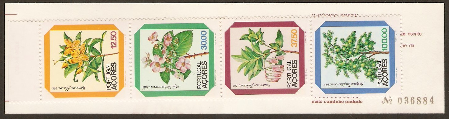 Azores 1981 Flowers Stamp Booklet. SG433a.