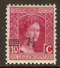 Luxembourg 1916 7½ on 10c Claret. SG189.