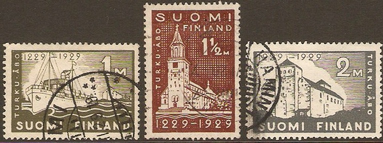 Finland 1929 1m olive Abo Anniversary. SG260-SG262.