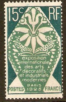 France 1924 15c Modern Decorative Arts Series. SG407.