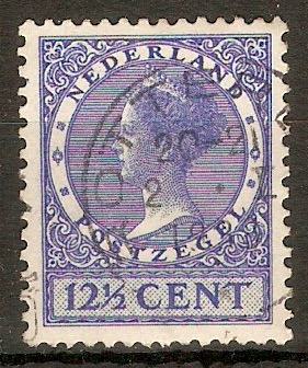 Netherlands 1926 12½c Ultramarine - Queen Wilhelmina. SG319A.