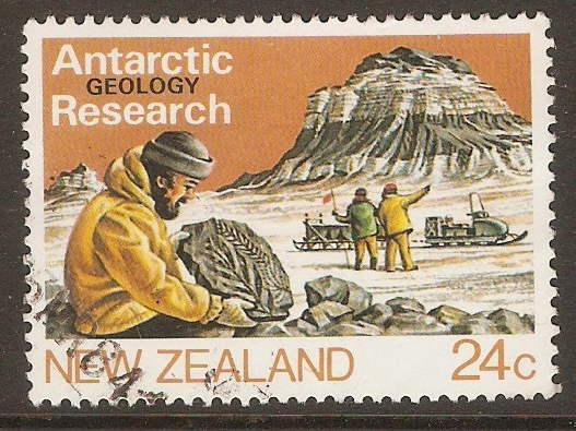 New Zealand 1984 24c Antarctic Research series. SG1327.